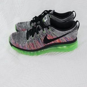 Nike Flyknit Max White/black-Ghost Green size 7.5